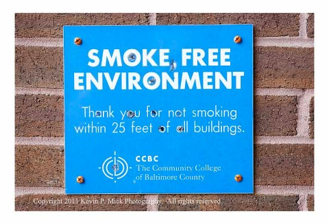 Full smoke-free sign