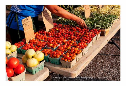 Tomatoes at the Waverly Market