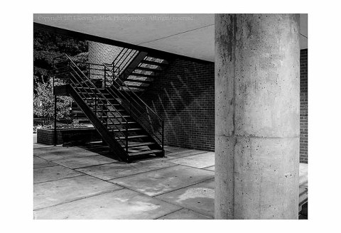 Pillar and Stairs 0364