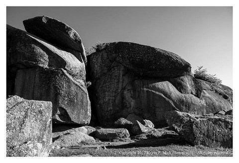 BW photograph of Devil's Den at Gettysburg.