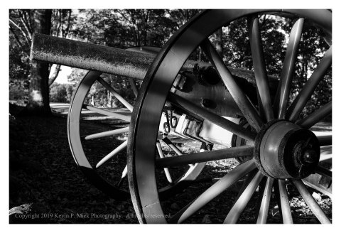 BW photograph of a cannon along the Confederate Avenue at Gettysburg.