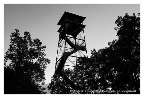 BW photograph of the observation tower on Confederate Ave. in Gettysburg.